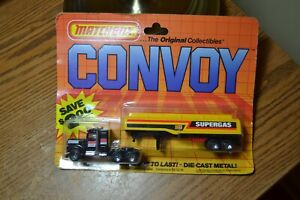 VINTAGE 1983 MATCHBOX PETERBILT CONVOY SUPERGAS PETROL TANKER ON CARD
