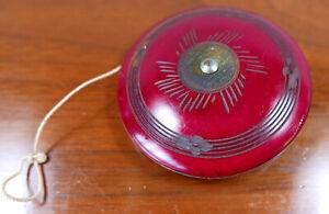 """Beautiful Large Vintage Deep Red Carved Mexico Souvenir Wood Yo-Yo 3.5"""""""