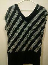 Fashion Bug V Neck Sweater Top Short Sleeve Size Large Black/Gray Career Casual