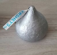 Rare Hershey Kisses Music Box Tunes Battery Operated