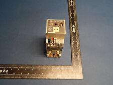 Allen Bradley 700-RT99N010A1 Timing Relay Series B Type RT 700RT99N010A1