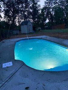 Fiberglass swimming pool/Install Kit New Italy 5 Plus (7.4 x 16.4 x 4.6 deep)