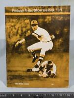 Vintage Pittsburgh Pirates 1972 Baseball Scorebook vs. Expos Clemente g25