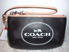 NWT Coach Horse and Carriage Leather Medium Wristlet Wallet Black 51788