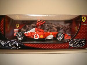 Michael Schumacher Ferrari F1 5 Times World Champion Hot Wheels 1/18