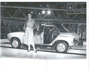 Austin Allegro 1750 HL original b&w Motorshow Press Photograph circa 1975