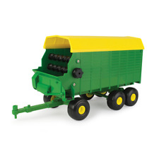 TOMY John Deere Big Farm Forage Wagon Vehicle
