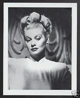 LUCILLE BALL I Love Lucy Actress 1995 WHO'S WHO GAME CANADA PHOTO TRIVIA CARD