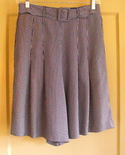 The Limited NAVY/WHITE Stripe Belted SKORTS (Skirt/Shorts) ~ Size M ~ Easy Care