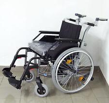Schiebehilfe Viamobil V25 alber mit neuen Rollstuhl von Dietz Sitzbreite 51 cm