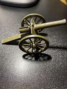 BRITAINS -SMALL  MILITARY CANNON GUN - DIECAST METAL MODEL
