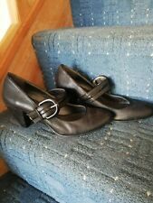 Ladies black Clarks shoes size 5 smart office or evening / party/wedding wear
