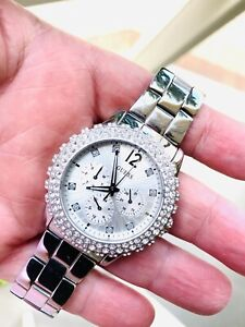 Guess Ladies Chronograoh Watch W033D5L1 With Diamond Bezel Pave Setting / Silver