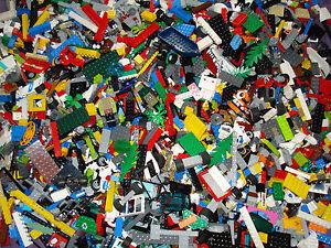 Lego Genuine 500g - 1/2Kg of Random Mixed Parts/Pieces Plus 2x Mini Figures!