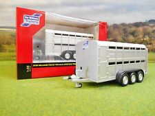 BRITAINS IFOR WILLIAMS TA510T TRIAXLE LIVESTOCK TRAILER 1/32 40710A1 BRAND NEW