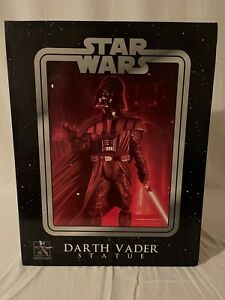 Gentle Giant 1/16 Scale ROTS Darth Vader Statue