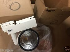 Projecteur  LED LUXXEN SAMSUNG Tracklight Bamy 36° 4000k LXTR-TRS-30W