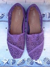 TOMS Classic Purple Crochet Loafers / Flats Size 8 EXCELLENT! FAST SHIPPING