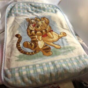 Winnie the Pooh Tigger Hugging Soft Fleece Baby Blanket Disney Plush Vintage Vtg