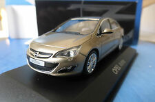 OPEL ASTRA GOLD METALLIC 2012 MINICHAMPS 07751000-10005 SEDAN BERLINE SALOON OR