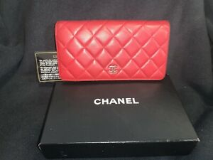 CHANEL CC Logo Red Quilted Lambskin Leather Long Wallet Card Bill Holder Zip Coi