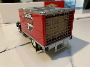1957 International R-190 truck FERRIS lawn mowers MIB 1:34 Scale by First Gear
