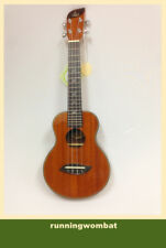 Leaf  Professional Concert  Mahogany Ukelele w/10mm Green Padded Bag L100