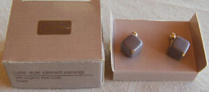 "Vintage 1987 Avon ""CUBIC STYLE -TAUPE"" Goldtone Pierced Earrings, SS Posts -NEW!"