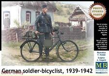 MASTER Box 35171 1:35th soldato tedesco scala sulla bici, 1939-1942