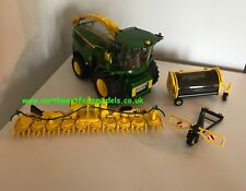 WIKING 1:32 JOHN DEERE 8500i FORAGE HARVESTER WITH GRASS AND MAIZE HEADER *NEW*
