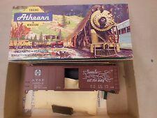 HO SCALE ATHEARN 5016 SANTA FE 145562 40' BOX CAR BLUE BOX KIT 2/2