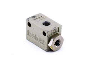 SMC AQ1500-M5 Pneumatico Auslass-Ventil Schnellentlüftungsventil Valvola