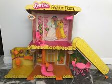 1975 Barbie Fashion Plaza  99% complete vintage 1970s Doll Mall