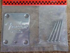 """Neck plate in metallo Fender """"corona"""" + viti"""
