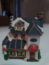 "Cobblestone Corners Collectible Christmas Village Inn 2001 4 1/4"" w x 4 1/2"" H"