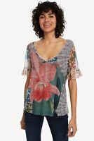 Camiseta de tul con estampado tropical LAURA de Desigual. Ref: 19SWTKCO