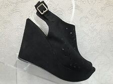 Report Black Suede Peep Toe Cut Out Top Design Wedge Heels Size 7.5 M