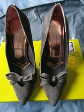 Ladies Ted Baker Shoes - Style 'Gewell' - Size 5 Charcoal