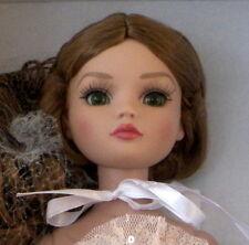 Wilde Weekend 2014 Time Goes By Ellowyne  NRFB LE 250 beautyiful eyes