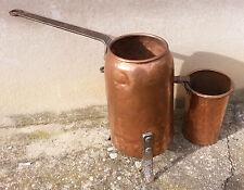 Anciens grands pot a colle de menuisier en cuivre, art pop, déco vintage