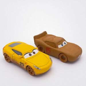 Disney Pixar Cars 3 Diecast Muddy Lightning McQueen Cruz Ramirez 1:55 Mud Dirty