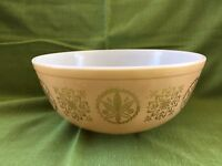 PYREX PROMOTIONAL HEX SIGNS 4 QT. MIXING BOWL  #404