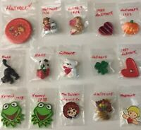 Lot of 15 Assorted Vintage Mixed Brooches Pins Jewelry Signed Hallmark Russ