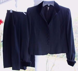 Vtg Women's 8 Black Wool Blazer Jacket Skirt Suit Set Black Velvet Collar Cuff