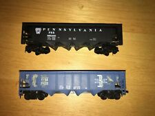Tyco HO Scale B&M #12608 & Pennsylvania #665000 40' 4-Bay Hoppers