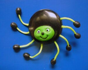 PIN Halloween Vintage SPIDER Green Black 8 LEGS Mixed Materials Holiday Brooch