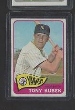 1965 TOPPS #65 TONY KUBEK EX-EX/MT