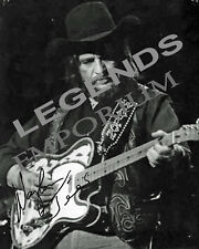 "WAYLON JENNINGS  B & W  AUTOGRAPHED PHOTO COPY 8""x10""  WJ-02"