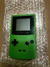 Game Boy Color in Grün