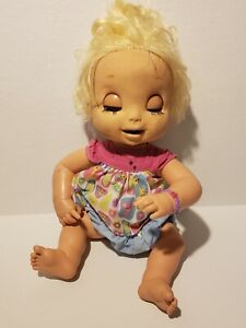Hasbro BABY ALIVE 2006 Soft Face Interactive Doll~Non Working~Needs TLC (G9)